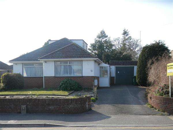 2 Bedrooms Bungalow for sale in Lake Road, Poole