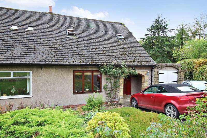 3 Bedrooms Semi Detached Bungalow for sale in Pennyburn, 3 Scroggwood