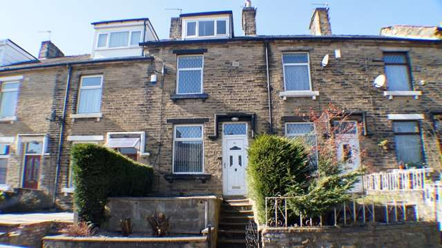 4 Bedrooms Terraced House for sale in 4 BEDROOM Terrace property for sale on Heidelberg Road