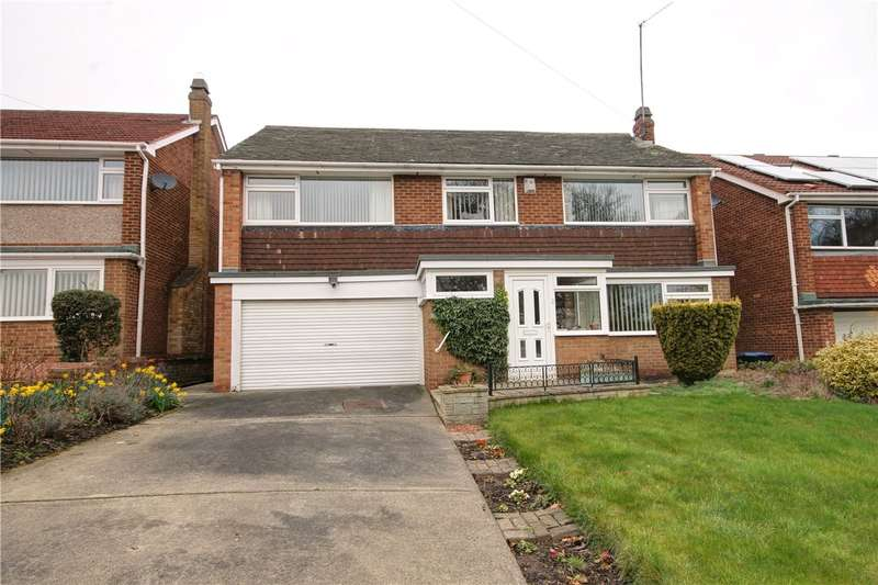 5 Bedrooms Detached House for sale in Carrowmore Road, Parkfield, Chester le Street, DH2