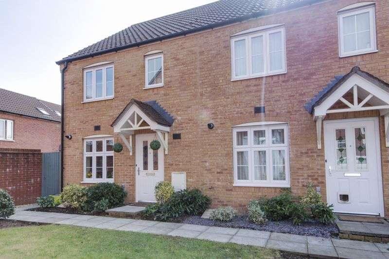 3 Bedrooms Terraced House for sale in Blaen Bran Close, Pontnewydd