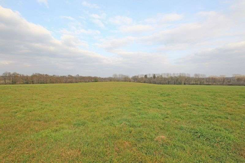 Detached House for sale in Excellent Grazing Land on Foxes Lane, West Wellow