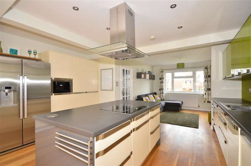 4 Bedrooms Detached House for sale in Westwood Road, Ryde, Isle of Wight
