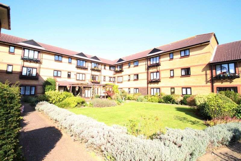 2 Bedrooms Flat for sale in Cloverdale Drive, Bristol