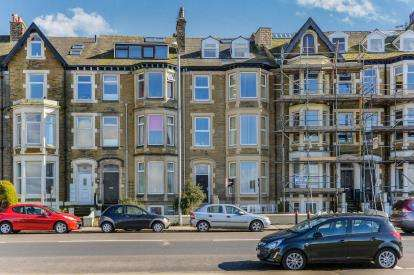 1 Bedroom Flat for sale in Marine Road West, Morecambe, Lancashire, LA3