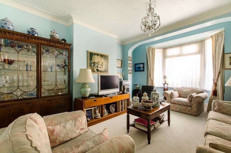 4 Bedrooms Terraced House for sale in Thirsk Road, Tooting, CR4