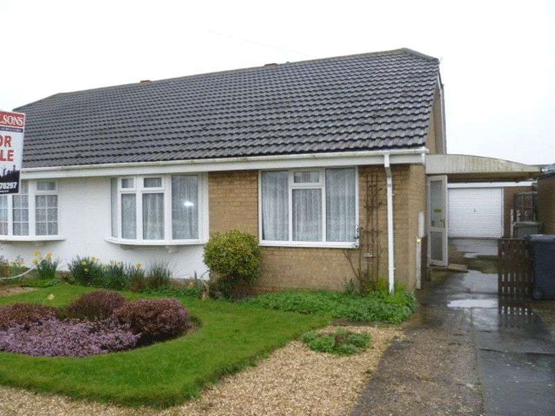 2 Bedrooms Semi Detached Bungalow for sale in 13 Wilmington Drive, Sutton On Sea