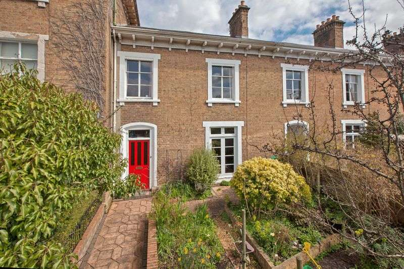 4 Bedrooms Terraced House for sale in WELLINGTON ROAD