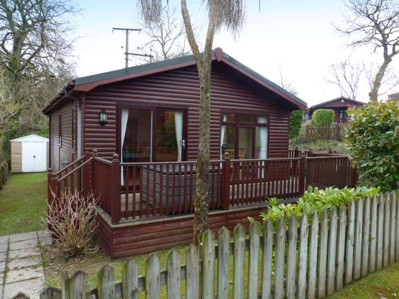 2 Bedrooms Bungalow for sale in The Thatches, Modbury