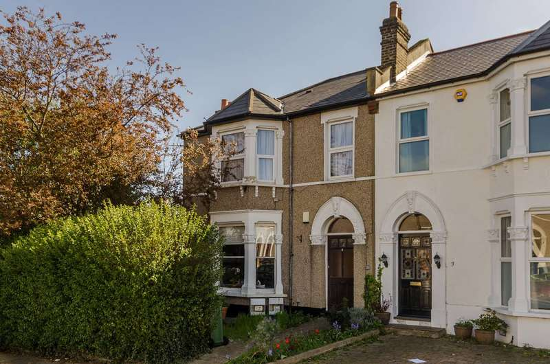 2 Bedrooms Flat for sale in Hafton Road, Catford, SE6