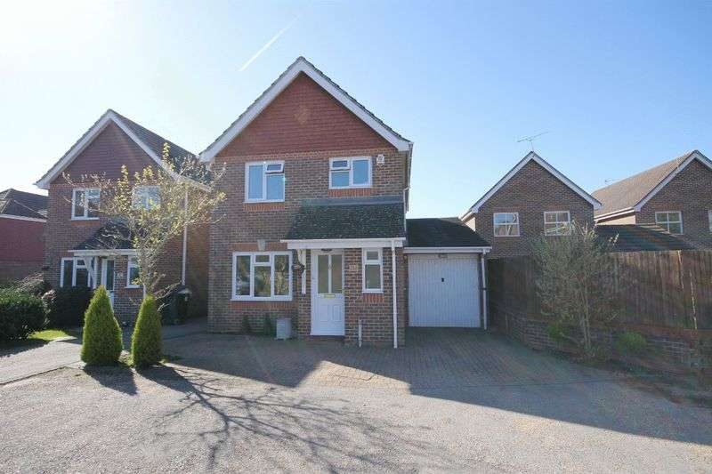 3 Bedrooms House for sale in Coulstock Road, Burgess Hill, West Sussex