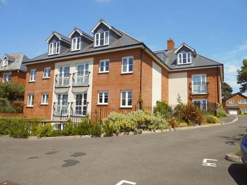 1 Bedroom Flat for sale in Clementine Court The Wheatridge, Gloucester: NO CHAIN one bed first floor retirement apartment