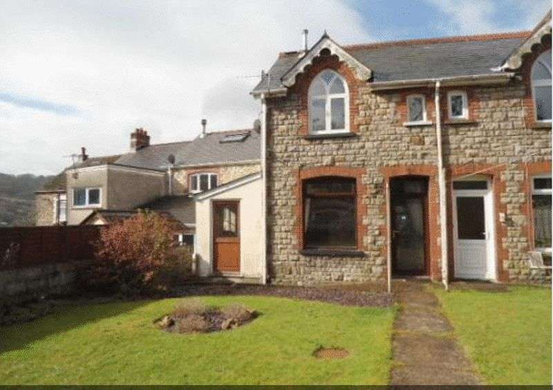 2 Bedrooms Semi Detached House for sale in Pentrepiod Road, Pontypool