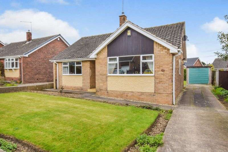 2 Bedrooms Detached Bungalow for sale in Lane End Road, Spinneyfield