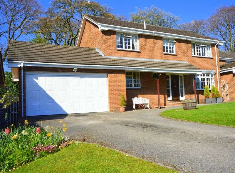 4 Bedrooms Detached House for sale in Druids Park, Calderstones