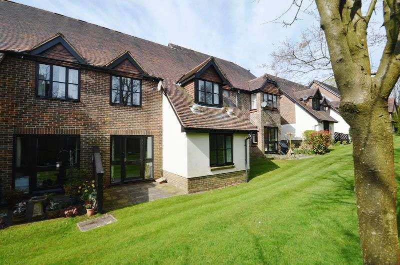 2 Bedrooms Terraced House for sale in Church Road, Haslemere