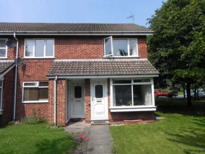 2 Bedrooms Flat for sale in Cheswood Drive, Sutton Coldfield
