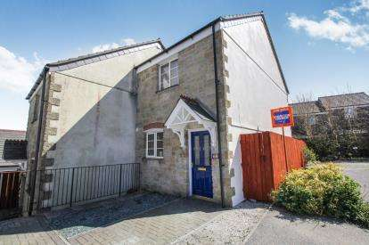 2 Bedrooms Semi Detached House for sale in Penwithick, St. Austell, Cornwall