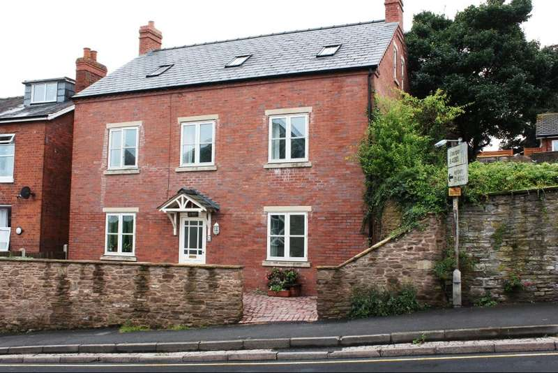 3 Bedrooms Flat for sale in BROMYARD