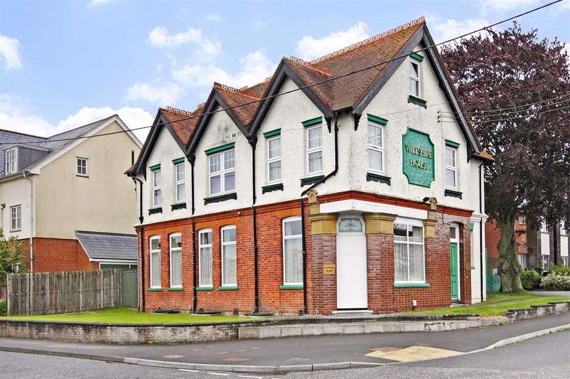 1 Bedroom Apartment Flat for sale in Wiltshire House, Simmonds Road, Ludgershall