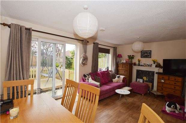 3 Bedrooms Detached House for sale in Hazebrouck Close, CHELTENHAM, Gloucestershire, GL51 3QA