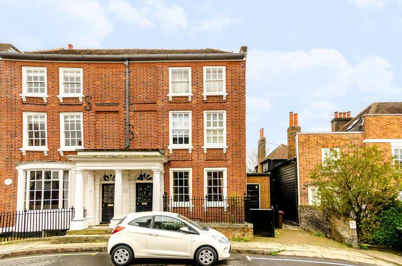 4 Bedrooms End Of Terrace House for sale in Church Street, Ewell, KT17