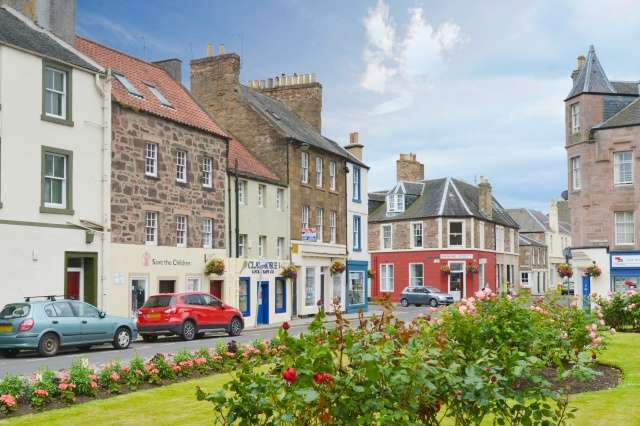 4 Bedrooms Town House for sale in Hardgate, Haddington, East Lothian, EH41 3JW