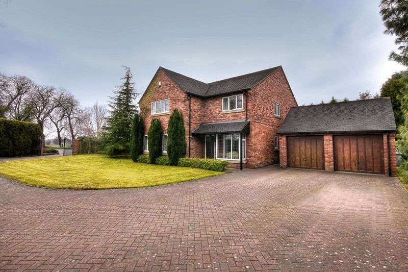 4 Bedrooms Property for sale in Knutsford Road, Crewe