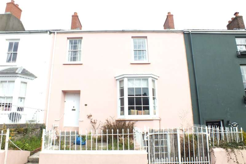 3 Bedrooms Terraced House for sale in Main Street, Pembroke, Pembrokeshire