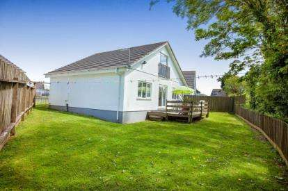 3 Bedrooms Detached House for sale in St. Merryn, Padstow, Cornwall