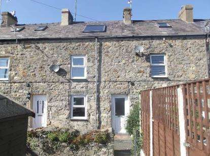 2 Bedrooms House for sale in Penmount Terrace, Pwllheli, Gwynedd, LL53