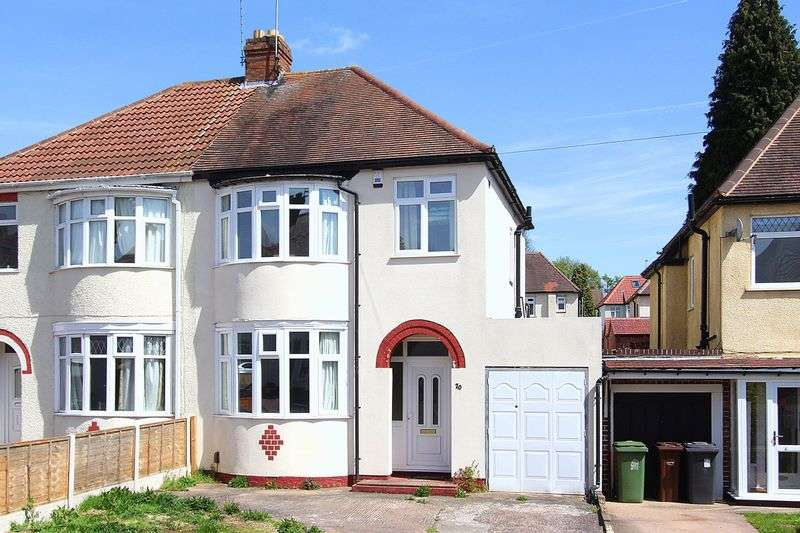 3 Bedrooms Semi Detached House for sale in CLAREGATE, Burland Avenue