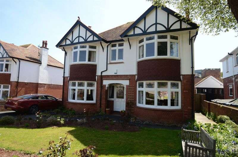 5 Bedrooms Detached House for sale in Laura Grove, Preston, Paignton