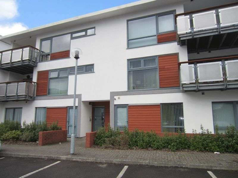 2 Bedrooms Flat for sale in The Monico Pantbach Road Rhiwbina CF14 1UU