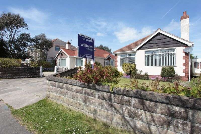 2 Bedrooms Detached Bungalow for sale in Ffordd Ffynnon, Prestatyn