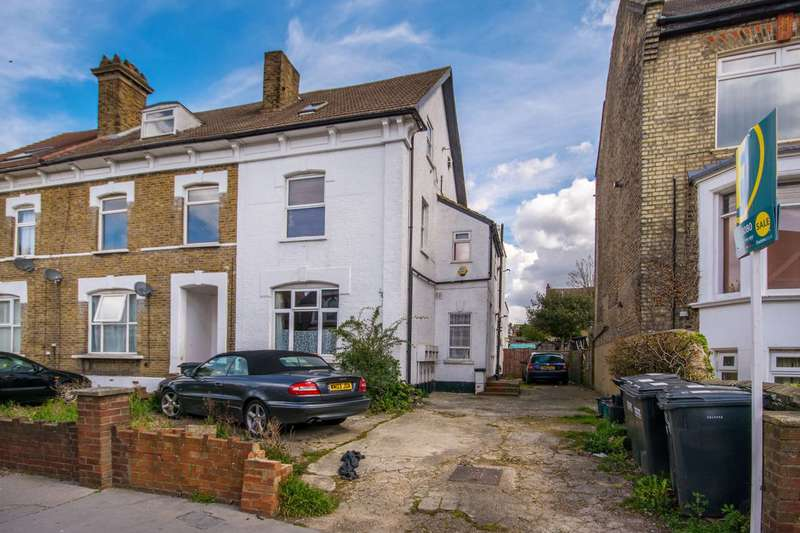 1 Bedroom Flat for sale in Clifton Road, South Norwood, SE25