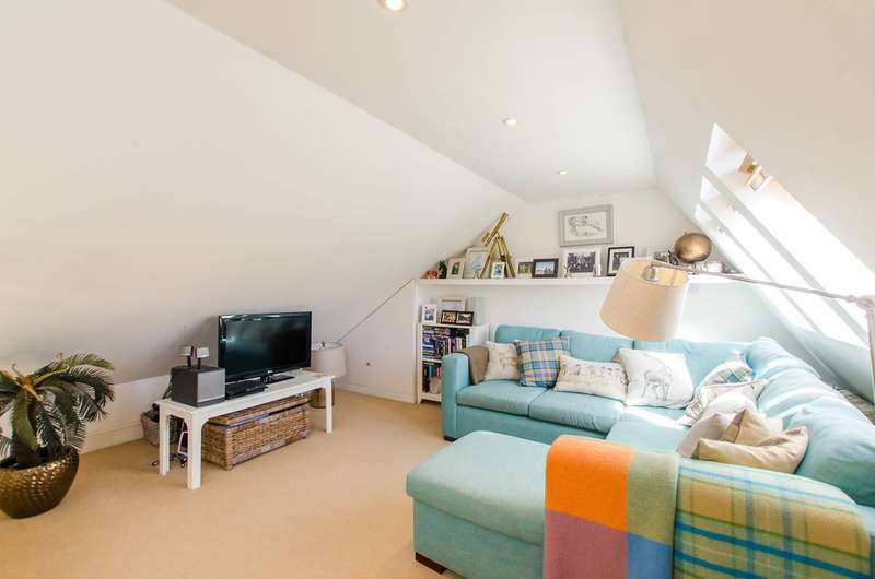 1 Bedroom Flat for sale in Dryden Close, Clapham, SW4