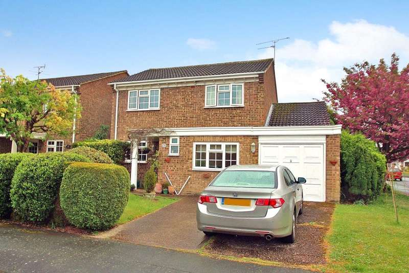 4 Bedrooms Detached House for sale in Arethusa Way, Bisley, Woking, Surrey, GU24