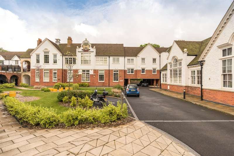 2 Bedrooms Apartment Flat for sale in Harrow House, Old School Close, Redhill, Surrey, RH1