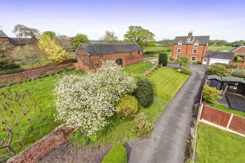 3 Bedrooms Detached House for sale in FOREFIELD HOUSE, 83 LONDON ROAD, SHARDLOW AND ADJOINING BARN AND COW SHED