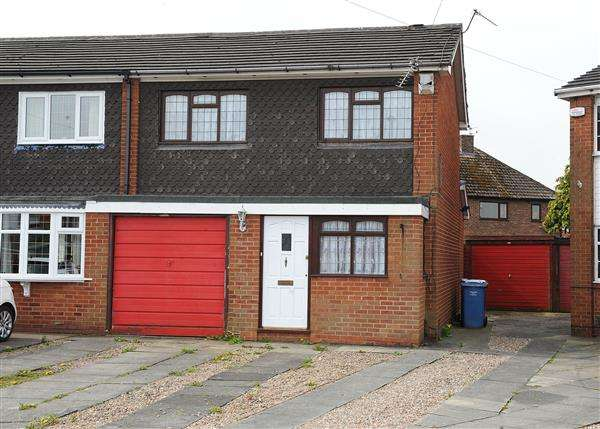 3 Bedrooms Semi Detached House for sale in 30 Bowness Avenue, Cadishead M44 5EZ