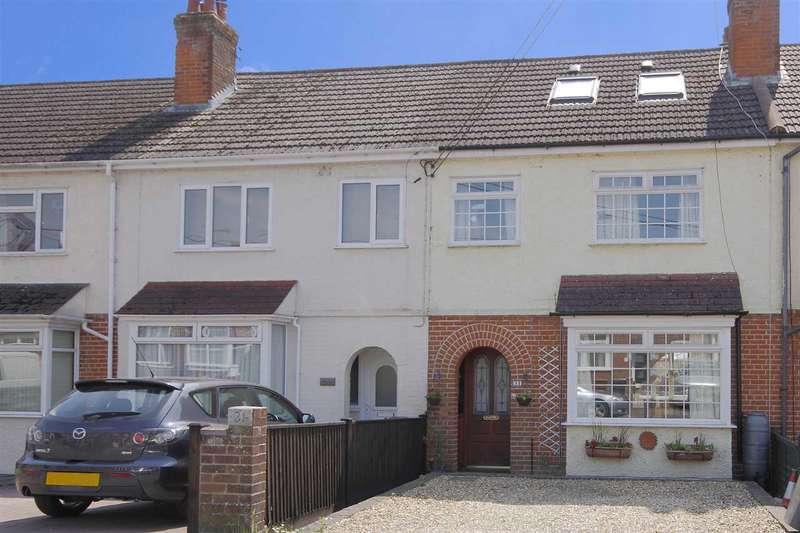 4 Bedrooms Terraced House for sale in The Crescent, Andover