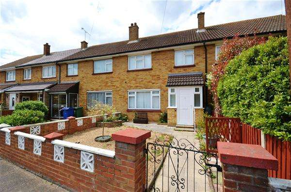 3 Bedrooms Terraced House for sale in Tasker Road, Chadwell St Mary