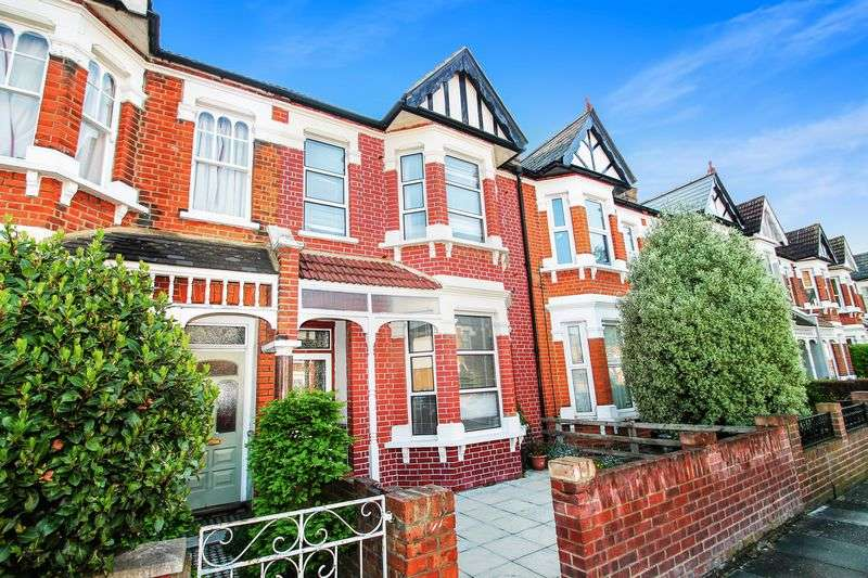 3 Bedrooms Terraced House for sale in BEAUTIFUL LOOKING TOWNHOUSE