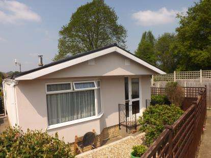 1 Bedroom Mobile Home for sale in Yeovil, Somerset