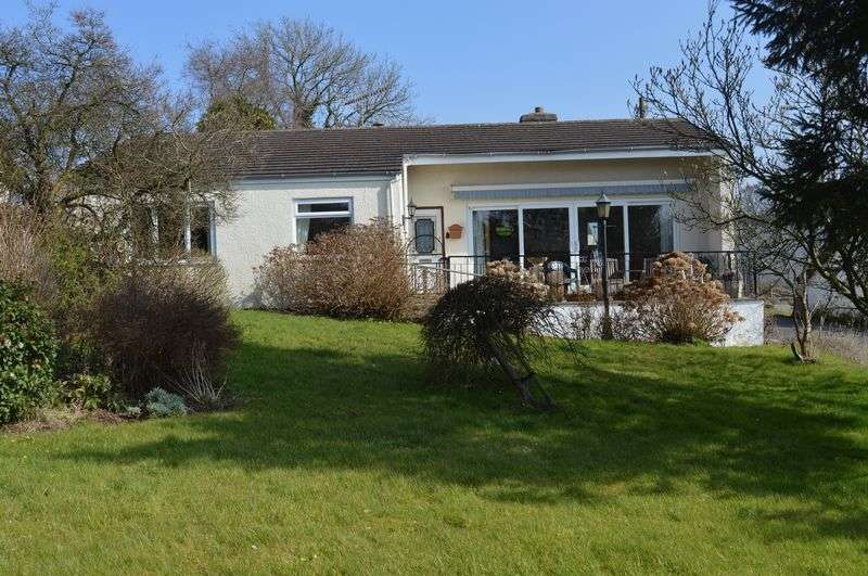 3 Bedrooms Detached Bungalow for sale in Grosmont, Abergavenny