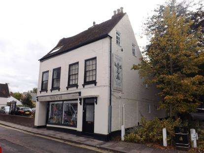 1 Bedroom Flat for sale in High Street, Huntingdon, Cambridgeshire