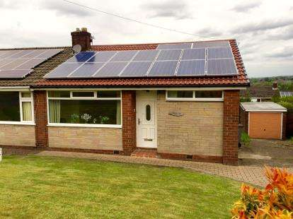 2 Bedrooms Bungalow for sale in Maple Avenue, Stalybridge, Greater Manchester