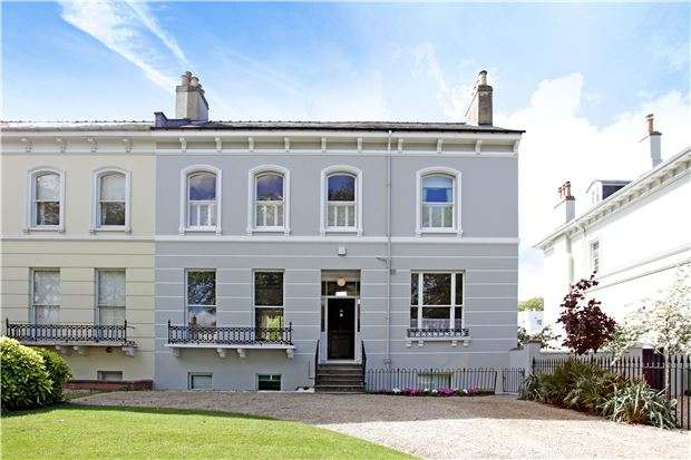 6 Bedrooms Semi Detached House for sale in 14 Albert Road, CHELTENHAM, Gloucestershire, GL52 2QX