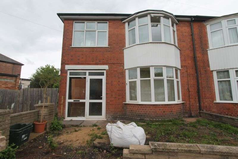 Property for sale in Upperton Rise, Leicester